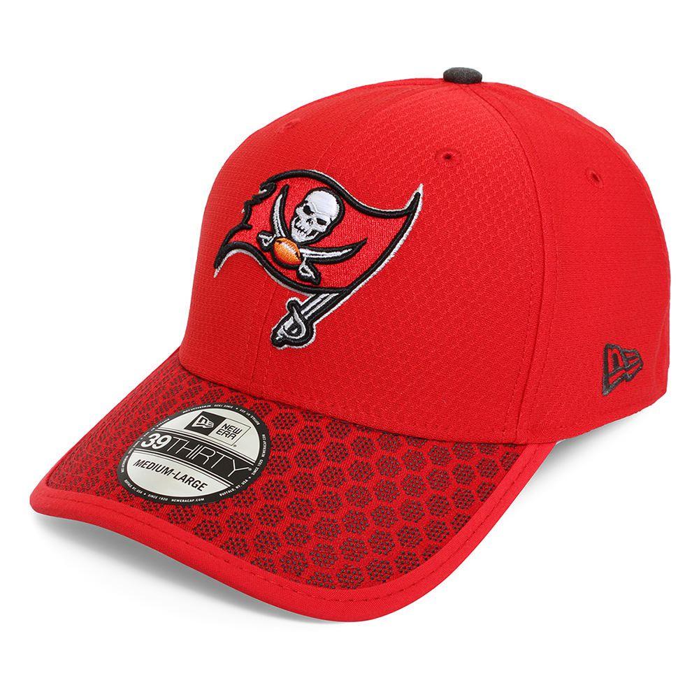 a0f3f7ce502f2 41000343. Gorra New Era 3930 NFL Tampa Bay Buccaneers Rojo con Blanco Chica